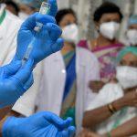 Suman a embarazadas y personas con VIH a los grupos para vacunarse